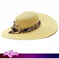 Para atraer al #Sol hay que vestirse para él. ¡Encuentra aquí tus #Sombreros! 1er.Piso #Accesorios #Damas