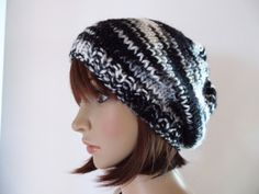 Beanie, Knitted Hats, Knitting, Style, Fashion, Headboard Cover, Knitting And Crocheting, Monochrome, Schmuck
