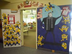 Teacher Appreciation 2012 Despicable Me theme. Made all the minions beforehand and then put door together at the school. Modify this for bulletin board Minion Classroom Theme, Minion Theme, Classroom Decor Themes, Classroom Walls, School Decorations, School Classroom, School Fun, Classroom Ideas, Minion School