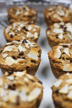 Coconut Muffins, Banana Coconut, Healthy Cooking, Breakfast, Recipes, Food, Coconut Flour Muffins, Morning Coffee, Essen