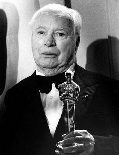Charlie Chaplin at the Oscars - April 10th 1972.