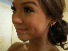 Love this piercing. Cute and simple..... but my parents would beat me.. :p