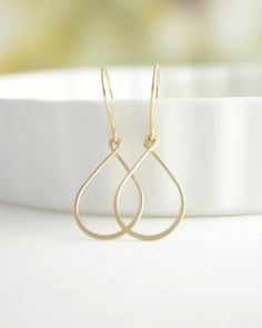 Raindrop Earrings by Olive Yew. Choose from gold, rose gold or silver. #handmadejewelry #greatgiftsforfriends