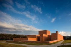 Auditorium Theatre of Llinars del Valles Through the Lens of Fernando Guerra,© Fernando Guerra | FG+SG