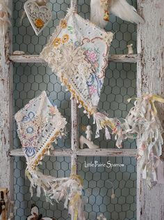 Arte Shabby Chic, Shabby Chic Baby, Shabby Chic Crafts, Shabby Chic Bedrooms, Shabby Chic Homes, Shabby Chic Decor, Shabby Chic Pillows, Shabby Chic Fabric, Small Bedrooms