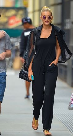 Gigi Hadid - all black casual