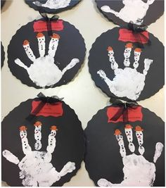 Winter craft and project idea for preschoolers Winter Craft, Project Ideas, Projects, Art Ideas, Homeschool, Christmas Ornaments, Holiday Decor, Crafts, Home Decor