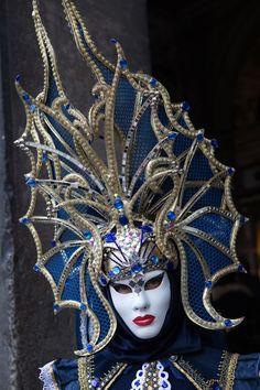 Tall hat in blue, Carnival of Venice 2014 ~ Walter Pescosta - Maskenball , Venetian Costumes, Venice Carnival Costumes, Venetian Carnival Masks, Mardi Gras Carnival, Carnival Of Venice, Venetian Masquerade, Masquerade Ball, Venice Carnivale, Venice Mask