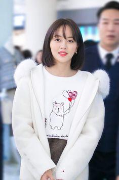 Child Actresses, Korean Actresses, Kim So Hyun Fashion, Party Wear Indian Dresses, Kim Sohyun, Black Pink Kpop, Celebs, Celebrities, Girl Crushes