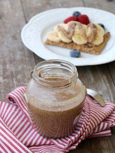 Heimelaga, nydelig mandelsmør - LINDASTUHAUG Pancakes, Breakfast, Food, Morning Coffee, Essen, Pancake, Meals, Yemek, Eten