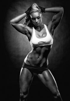 Noemi Olah- Wow, her body is amazing. That's a lot of hard work and dedication. Inspiring!