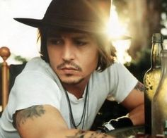 #Mumfection: Man Candy Monday - Johnny Depp