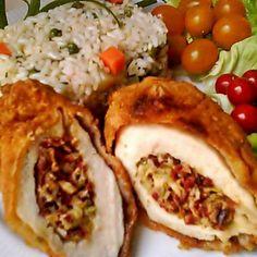Kolbászos-sajtos töltött csirkemell Recept képpel - Mindmegette.hu - Receptek Kaja, Tacos, Mexican, Food And Drink, Meals, Ethnic Recipes, Meal, Food, Lunches
