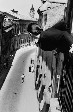 Marathon on University Street, 1959    Antanas Sutkus