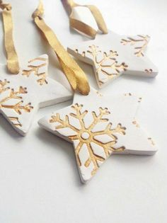 Craft ideas for DIY gifts for Christmas, Christmas decorations made of clay . - Craft ideas for DIY gifts for Christmas, Christmas decorations made of clay … ideas - Diy Gifts For Christmas, Christmas Decorations For Kids, Christmas Clay, Christmas Makes, Diy Christmas Ornaments, Holiday Cards, Snowflake Ornaments, Christmas Snowflakes, Homemade Christmas