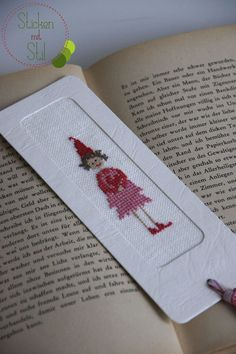 This Pin was discovered by Man Wool Embroidery, Hand Embroidery Stitches, Cross Stitch Embroidery, Cross Stitch Designs, Cross Stitch Patterns, Plastic Canvas Stitches, Origami Bookmark, Cross Stitch Bookmarks, Book Lovers Gifts