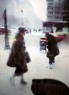 Find the latest shows, biography, and artworks for sale by Saul Leiter. Saul Leiter received no formal training, but has gained renown for his street photogr… Saul Leiter, Photography Gallery, Film Photography, Fine Art Photography, Urban Photography, Magical Photography, Timeless Photography, Fashion Photography, Minimalist Photography