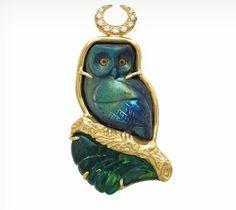 Elizabeth Gage, The Astronomer brooch, Labradorite owl cameo, Blue-Green Tourmaline, 18ct Yellow gold, Diamonds