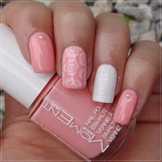 Pink & white roses Matching Manicures - Pastel