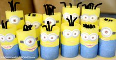 Easy idea for a themed Minion Munch Snack Mix, perfect for a Despicable Me party or a fun treat! Family movie night is perfect with this, too! Despicable Me Party, Minions Despicable Me, Minion Party, Minion Games, Minion Movie, Minion Pumpkin, Minion Banana, Minion Ornaments, Nerf