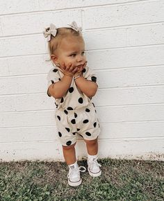Cute Little Girls Outfits, Cute Little Baby, Mom And Baby, Baby Love, Kids Outfits, Cute Toddlers, Cute Kids, Cute Babies Photography, Dream Baby