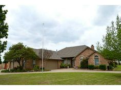 Single Family, Dallas,Traditional - Piedmont, OK Storage, storage, storage!!! This home is wonderfully equipped with anything you would want. 4 Car Garage, 3 bedrooms all with own baths, a 2nd living that could be a 4th bed or a great study. Excellent patio and storm shelter. Open kitchen to large living. Kitchen has 3 possible pantries, an island, and granite. Living has a ton of built ins and FP. Formal and breakfast dinning. Corner lot with circle drive. It has incredible space and…