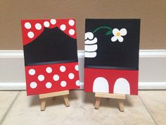 68 New Ideas For Disney Art Painting Canvases Mickey Mouse Diy Painting, Disney Art Diy, Art Diy, Disney Art, Disney Canvas Art, Painting Art Projects, Canvas Painting Diy, Diy Canvas Art, Cute Canvas Paintings