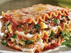 Crock Pot Spinach and Mushroom Lasagna  #slow cooker healthy recipes #slowcooker #crockpot