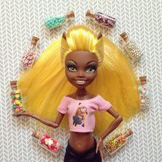Выкройки для кукол Монстер Хай: Стильная футболка