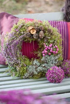 beautiful wreath, looks like moss and maybe dried flowers? Wreaths And Garlands, Door Wreaths, Deco Floral, Floral Design, Corona Floral, Lavender Wreath, Purple Wreath, Bouquet, Wreath Crafts