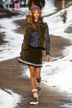 Tommy Hilfiger Fall 2014 Ready-to-Wear Runway - Tommy Hilfiger Ready-to-Wear Collection