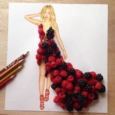 """""""Summer Queen"""" raspberry and blackberry  It was soo hard to give the shape of…"""