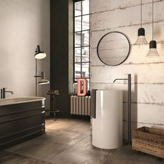 Glamour contemporaneo per questo #bagno #abkemozioni dove le #pareti sono rivestite con DO UP Scratch e Cover Neutral e a #pavimento c'è INTERNO 9 Mud. #ceramic #tiles #wall #floor #gres #porcellanato #wallandporcelain #design #homedesign #interiordesign #bathroom
