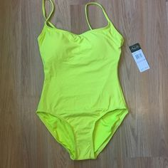 Neon Yellow One-Piece Swimsuit by Anne Cole This swimsuit is brand new and has never been worn. Please let me know if you have any questions. I offer a 20% discount on 3+ bundles!  I am open to reasonable offers but no trades. Anne Cole Swim One Pieces