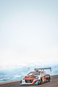Peugeot 208 T16 Pike Peak race car