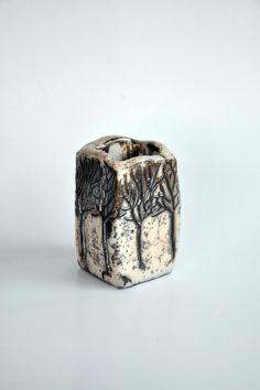 Raku licenziato contenitore cubico in ceramica con figure di albero