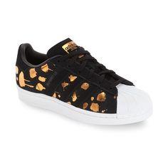 lowest price 1df84 47e95 blommiga adidas sneakers. Supersnygga Adidas skor i blommigt mönster,blommiga  adidas sneakers