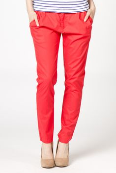 Brooke Pleated & Cropped Pants in Coral