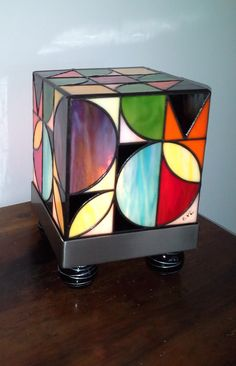 """THE Kube Seventies"" Stained Glass Tiffany Lamp grounds 70"
