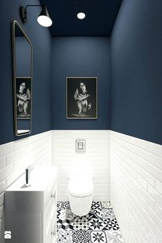 93 Cool Black And White Bathroom Design Ideas oneonroom - Wohnkultur // Badezimmer im Erdgeschoss - Bathroom Decor Downstairs Bathroom, Bathroom Small, Master Bathroom, Bathroom Black, Small Bathroom Designs, Cool Bathroom Ideas, Cloakroom Ideas, Design Bathroom, Bathroom Toilets