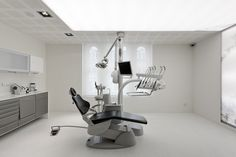 Brighton Implant Clinic,© Joao Morgado