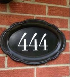 Creative House Number Ideas The Importance of House Numbers Creative House Number Ideas. House numbers are so important and yet they are completely overlooked. Modern Vintage Bedrooms, Bedroom Vintage, 9 House Number, Rustic Staircase, Driveway Entrance, House Address, Classic Living Room, Good House, Porch Decorating