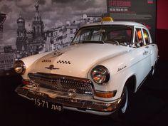 Taxi blanc de St-Petersbourg