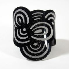 Wave Bangle Black Lamé  by Makiko Niimura