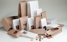 We offer retail packaging supplies on degradable plastic carriers & paper bags. Explore a new design with endless options for retail packaging. Retail Packaging, Food Packaging, Environmentally Friendly Packaging, Promotional Bags, Disposable Cups, Packaging Supplies, Morrisons, Packaging Solutions, Plastic Waste
