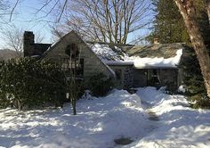 The Jinx | The lakeside cottage on Truesdale Lake in South Salem NY that Robert Durst shared with his wife, Kathie, who disappeared on Jan. 31, 1982.
