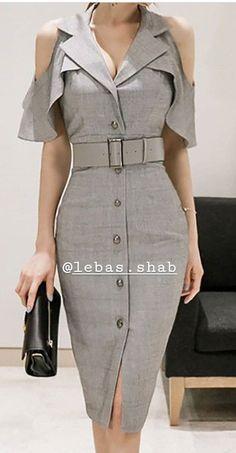 Lebas Day Dresses, Dress Outfits, Casual Dresses, Fashion Dresses, Most Beautiful Dresses, Striped Midi Dress, Elegant Outfit, Dress Patterns, Designer Dresses