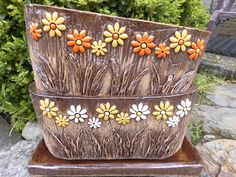 Ceramic Pottery, Ceramic Art, Cement Flower Pots, Ceramic Lantern, Sunflower Wallpaper, Hand Built Pottery, Ceramic Houses, Pottery Designs, Terracotta Pots