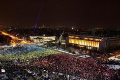Thousands of Romanians protested in Bucharest and other cities on Sunday against the Social Democrat government that tried to weaken a crackdown on corruption earlier this month.