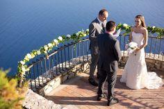 Wedding Ceremony in Capri with a breath taking view - Design by Capri Moments #capriwedding #capri #weddingcapri #weddingceremony #italianwedding #italywedding #destinationwedding